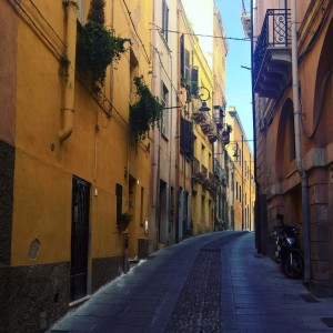 I love walking by the streets of Mediterranean cities thehellip
