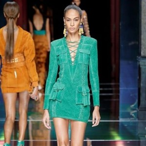 joansmalls for balmainparis at parisfashionweek paris fashion instafashion collection runwayhellip